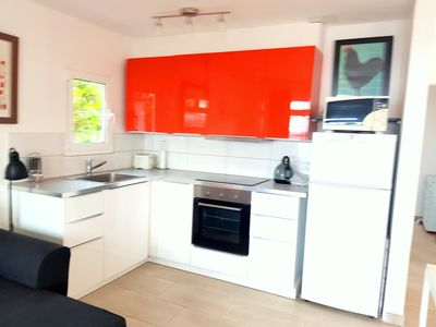 Photo for Modern bungalow, terrace, garden area, 1 min to the beach