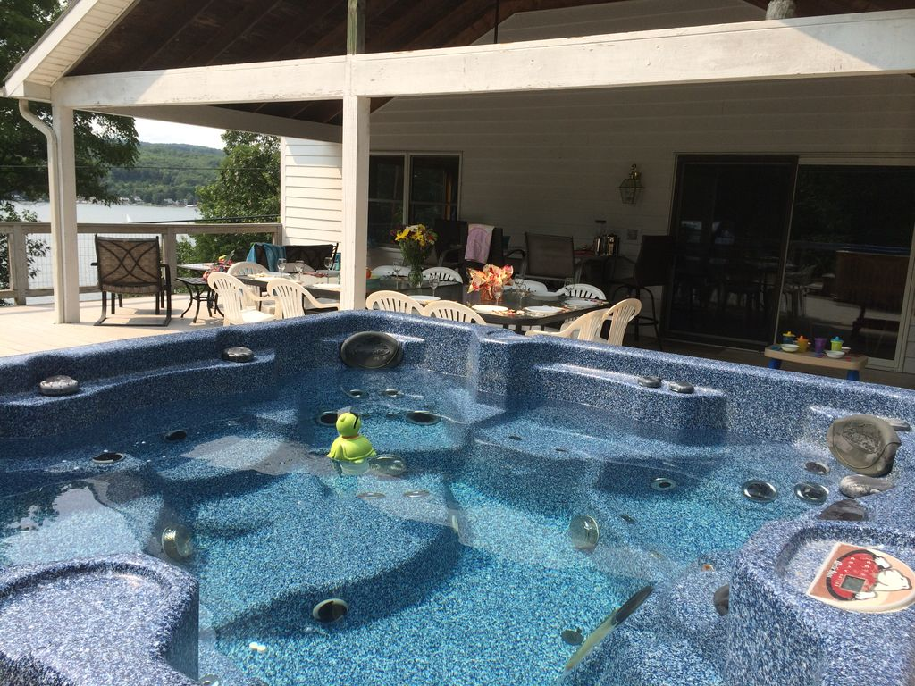 Spectacular Lakefront Home, Cent Air, Hot ... - VRBO