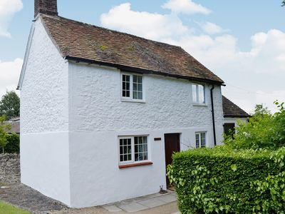 Photo for 2 bedroom accommodation in Nr. Abingdon