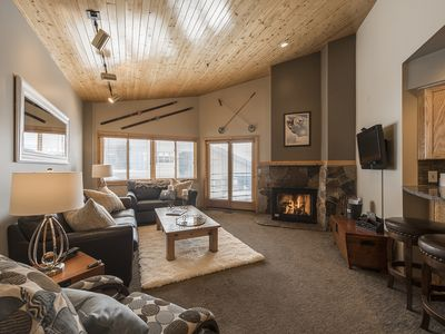 Photo for Fantastic 1 bed condo steps from Deer Valley Skiing. Cozy Fire, Great Views.