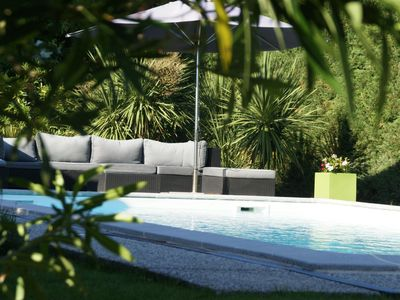 Photo for Storey villa with garden and swimming pool 5 minutes from the historic center of Bordeaux