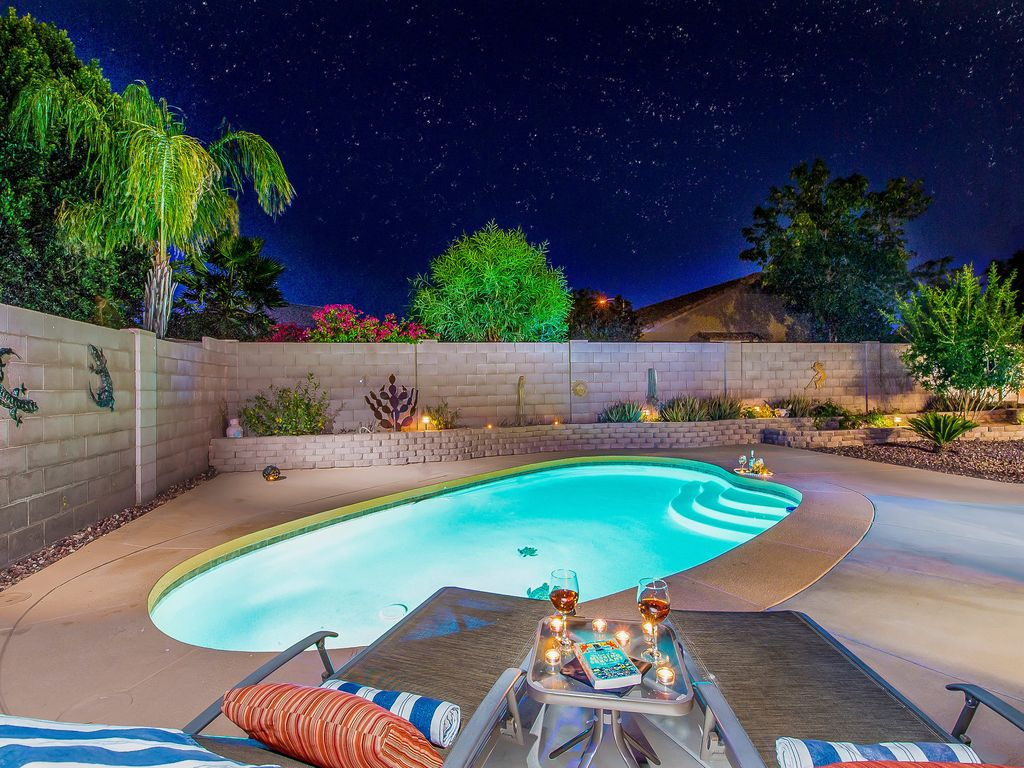 Gorgeous east mesa home in lovely quiet setting pool for Pool fill in mesa az