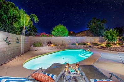 Romantic moments for two in private oasis