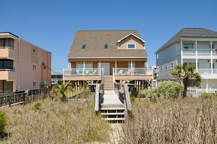 Sandy toes pet friendly oceanfront house vrbo for 3 bedroom condo myrtle beach sc