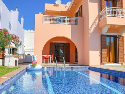 Photo for Villa Kasos: Charming villa with private pool, A/C