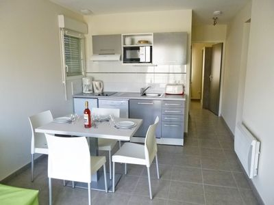 Photo for Nice apartment with WIFI, TV, balcony, washing machine and parking