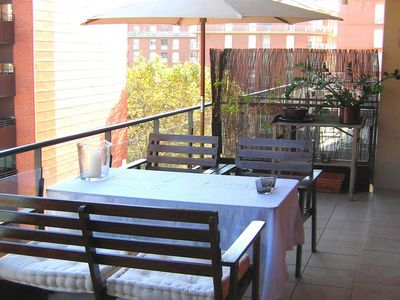 Photo for Spacious, modern and fully equipped apartment with swimming pool