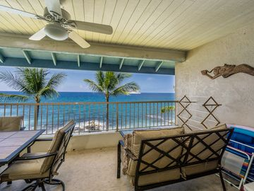 Absolutely awesome, oceanfront two bedroom two bathroom condo, Kona Reef #D31, In Kailua-Kona.