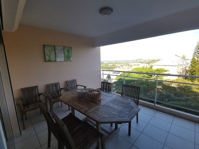 2 bedroom apartment on the heights of Nouméa