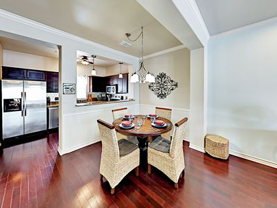 Dining Area - Enjoy festive vacation meals at the dining table.