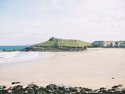 Photo for Charming Cottage 50 Mtrs from Porthmeor  Beach for up to 6 people. With parking