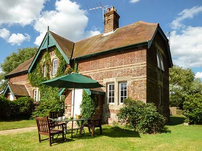 Photo for Ferry Cottage, ORFORD