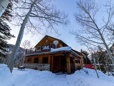 Photo for NEW PROPERTY! Cozy, incredibly decorated cabin near Solitude!