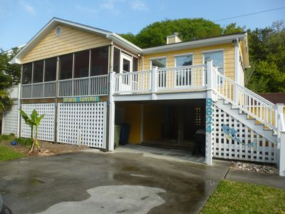Photo for Updated beach cottage, convenient area