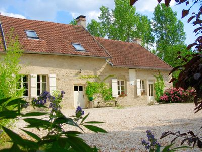 Photo for Beautifully restored farmhouse, magnificent views in central Burgundy