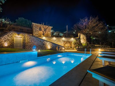 Photo for Siora Tanto Villa, a combination of rustic charm and modern flair!