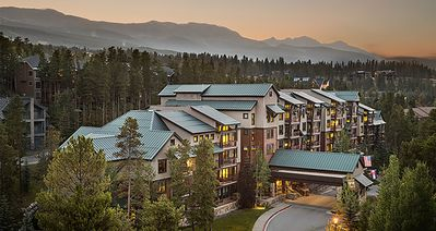 Photo for Spring Break in style! Luxury accommodations at the base of Peak Nine