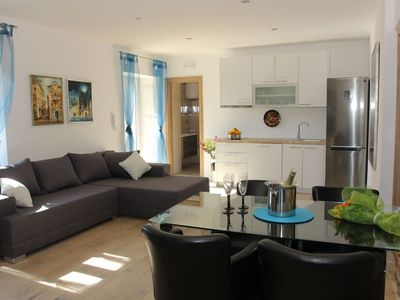 Photo for In the center of Supetar with Internet, Air conditioning, Parking, Terrace (740120)