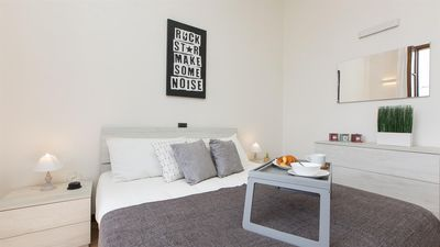 Photo for Rosselli Palace apartment 5