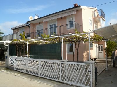 Photo for Holiday apartment with 3 bathrooms and air conditioning