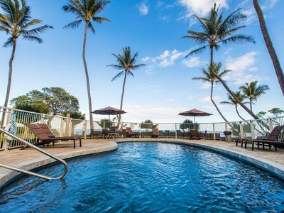 Kapaa Studio with Pool, Walk to Beaches and Dining (208-S)