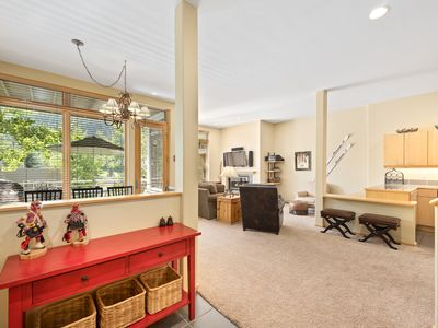 Photo for Vail Condo in the Heart of Lionshead - Close to lifts!
