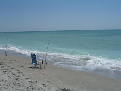 Photo for Charming Captiva Cottage with private pool, 300 steps from beach