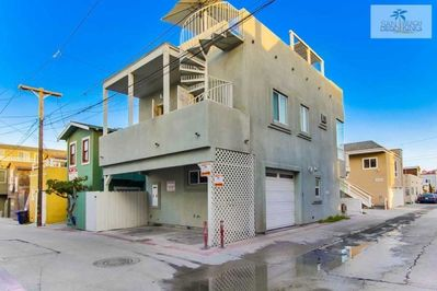 Surf Stars Combo Stairwell to Roof Deck with Garage and covered Car Port