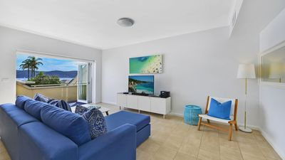 Photo for Waterside Retreat 2 Bedroom Apartment
