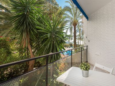 Photo for Apartment by the beach with pool views