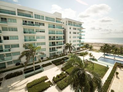Photo for Beachfront Morros 922- 1/2 by NOMAD GURU