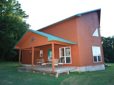3 Bedroom located on 450 acres  w/hot tub, private UTV Trails