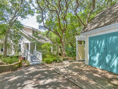 Photo for Beautiful 3BR home on Bald Head Island - short walk to beach