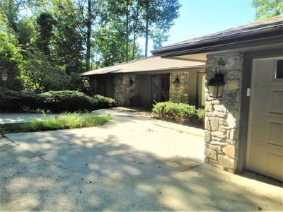 Photo for Spacious Home with Lake Views, Hot Tub and Pool Table