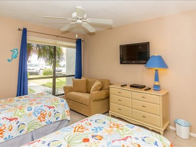 """Photo for APRIL SPECIAL  4/19 TO 4/30  $1200/WEEK  + FEES   Unit 135  RUNAWAY BAY CONDOS   """"LEANING PALMS""""   PERFECT ANNA MARIA ISLAND LOCATION,          GROUND FLOOR       2 BEDROOM 2 BATH"""