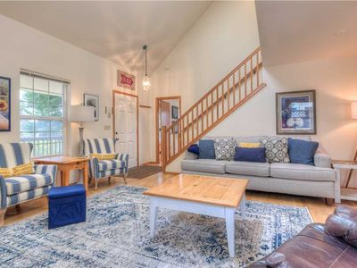 Photo for Bright, Cheery and Steps from Town and an Easy Walk to Manzanita Beach!