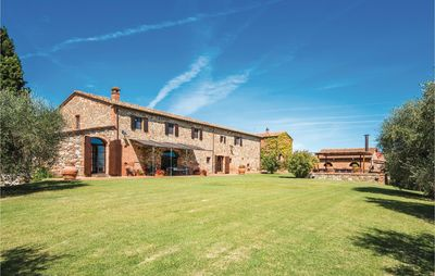 Photo for Tuscan farm house with atmosphere