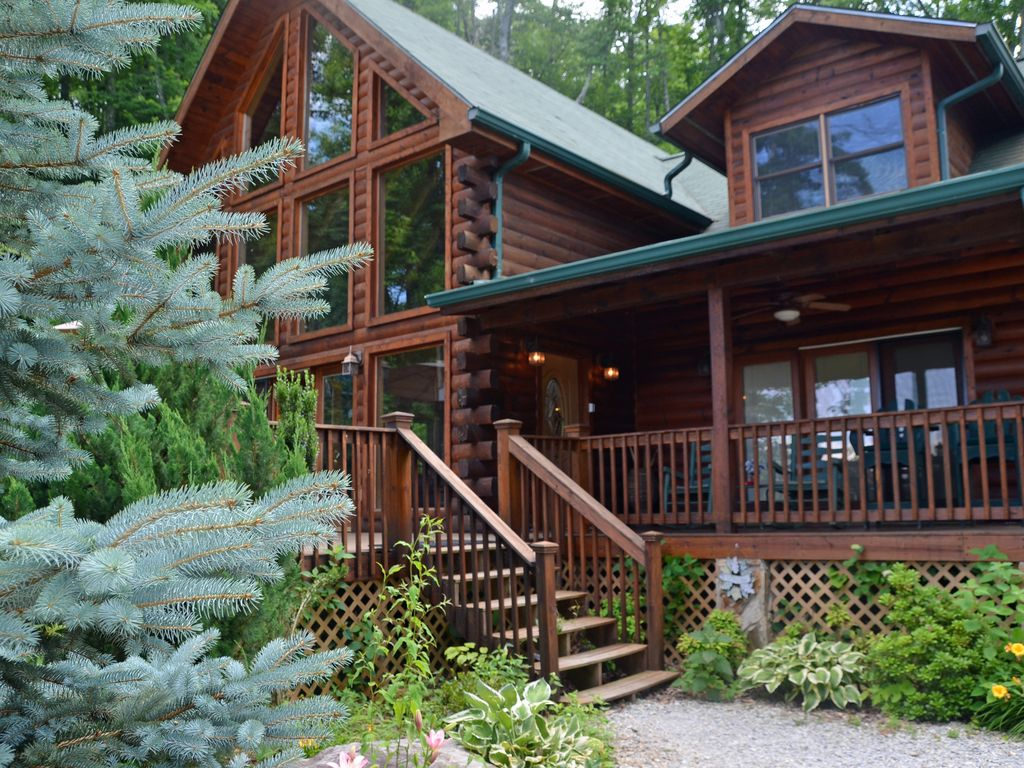 cabin mountain nc youtube for black bear a rent watch rental cabins carolina north