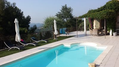 Photo for Villa with pool - quiet and no vis à vis