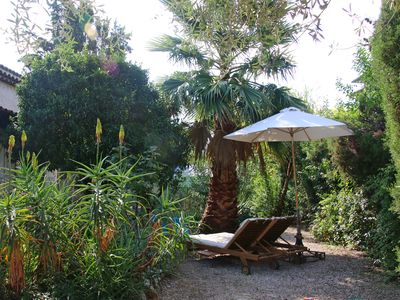 Photo for Charming little villa by the sea with garden, 250 m from the sandy beach / 5 min. On foot