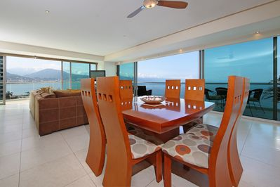Enjoy dinner with view and cooling breeze at night.
