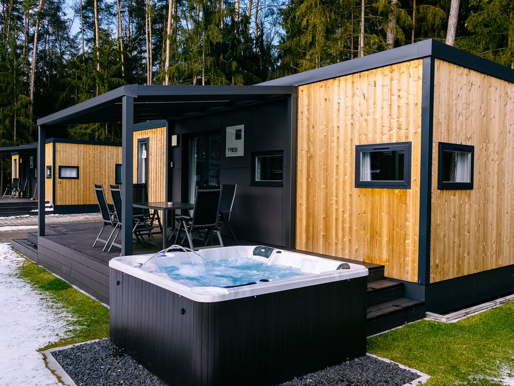 Whirlpool Nürnberg upscale mobile home with whirlpool on lake murner 2609246