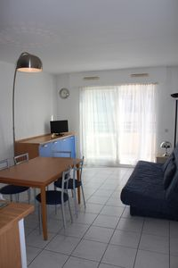 Photo for 2 rooms between Antibes and Nice, pool, quiet, near the sea and shops