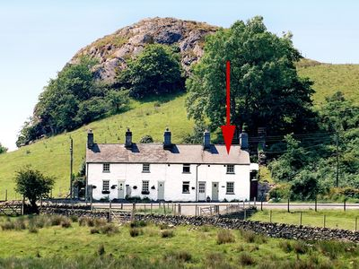 Photo for CARREG GLEISION, pet friendly, with open fire in Manod, Ref 1583