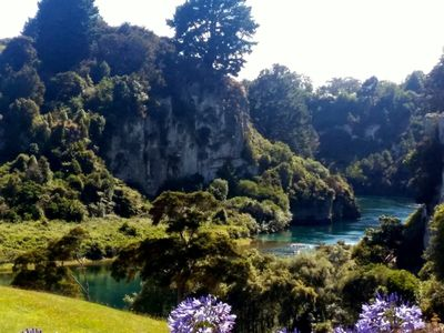 Photo for Quiet, peaceful hideaway by the Waikato river A.