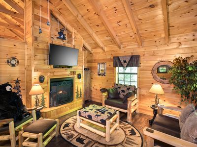 """Photo for """"NEW ON RENTAL""""  A wonderful and romantic 1-bedroom 1-bathroom cabin for 2"""