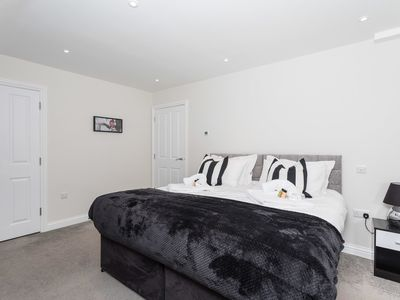 Photo for Garland Penthouse- Large 2 bed 2 bath penthouse apartment