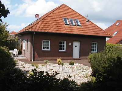 Photo for Non smoking secluded holiday bungalow with garage in the open