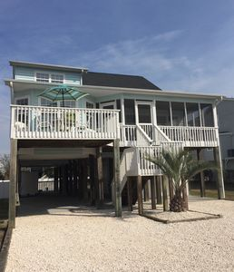 Photo for 6 BRs, 4 baths, private pool, spacious porches and 3 minute walk to beach!