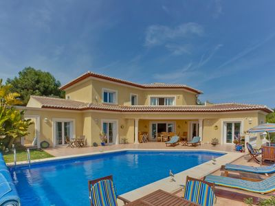 Photo for Stunning Villa With Internet, Heated Pool And Air Con